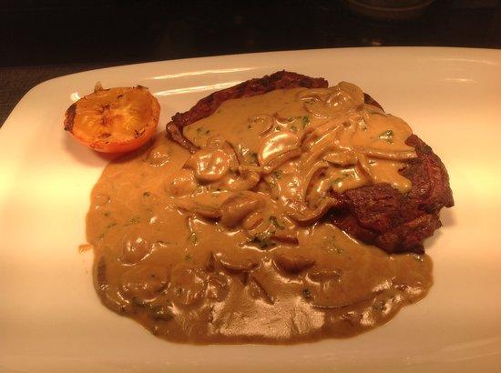 The Dorothy Inn : Rib-eye steak & Diane sauce