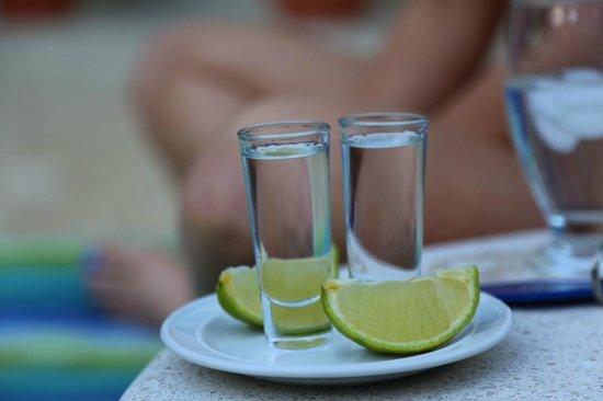 The Hideaway Hotel Playa Samara: Great Drinks.