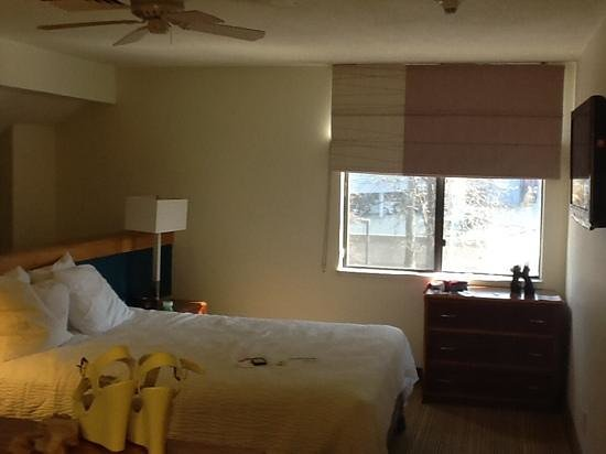 Residence Inn Tysons Corner: upstairs bedroom