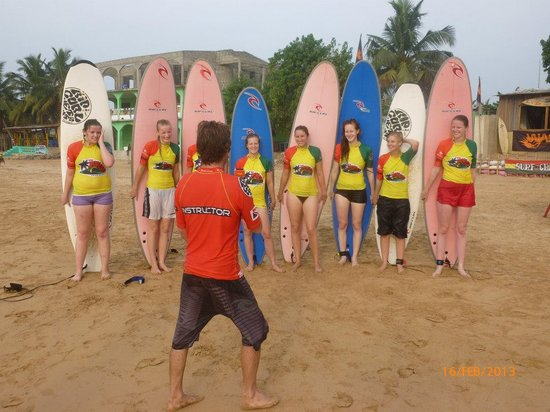 Mr Brights Surf School: Mr Brights and students