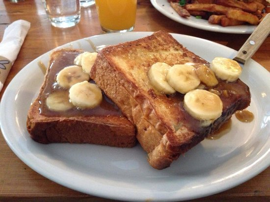 Penelope : Banana and nutella french toast... Lovin it!