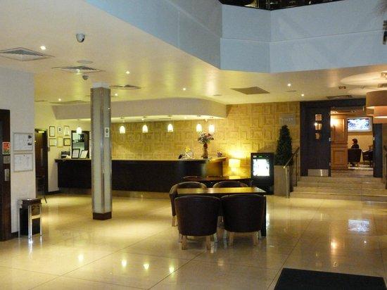 Gallaghers Hotel : foyer
