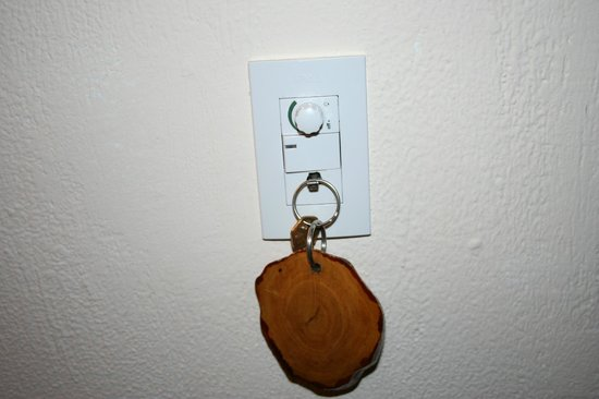 Hotel Buena Vista: Hook where you hang your key to turn on electricity