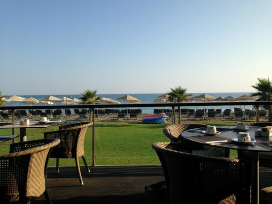 Minoa Palace Resort : View from the breakfast restaurant