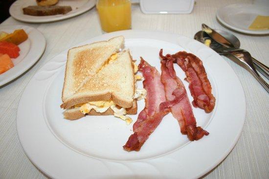 Hotel Buena Vista: Ordered breakfast