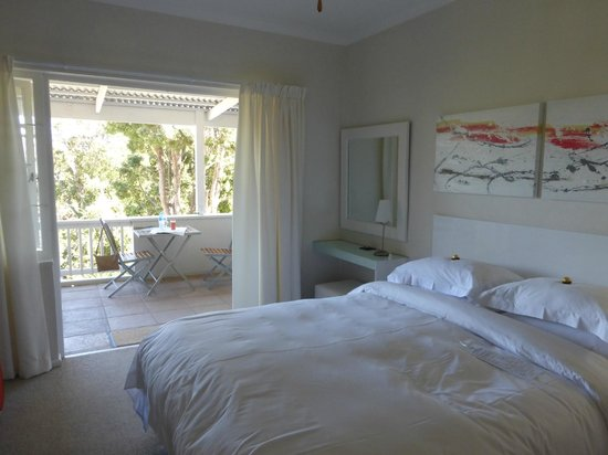 South Villa Guest House: Our bedroom