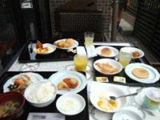Dormy Inn Tokyo Hatchobori: がっつり朝食