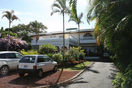 Hotel Buena Vista : Front of Hotel