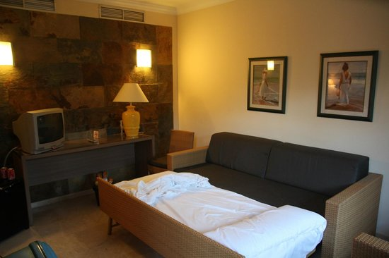 Hotel Dunas Suites and Villas Resort: Zimmer mit Schlafcouch