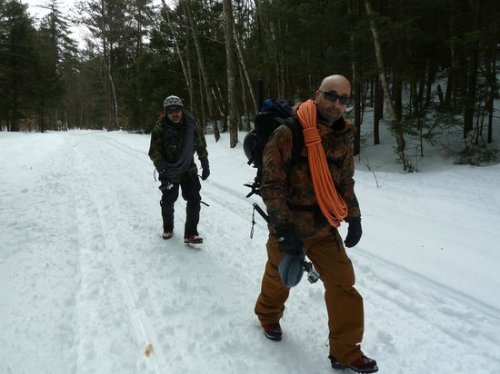 International Mountain Climbing School: Training day - Ice Climbing