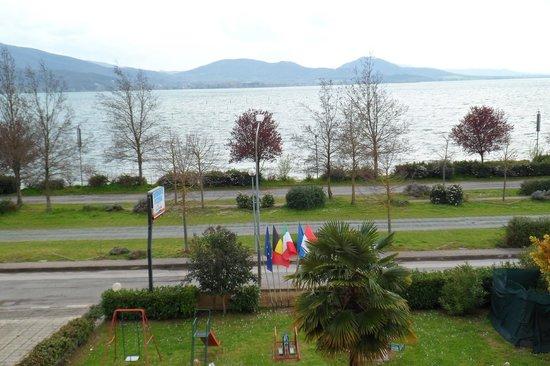 Ali Sul Lago Hotel Residence: Vista dalla camera