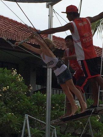 High Flyers Bali Trapeze School: High flyers