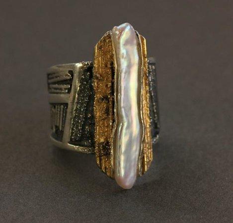 DeLong Studio: Biwa pearl ring