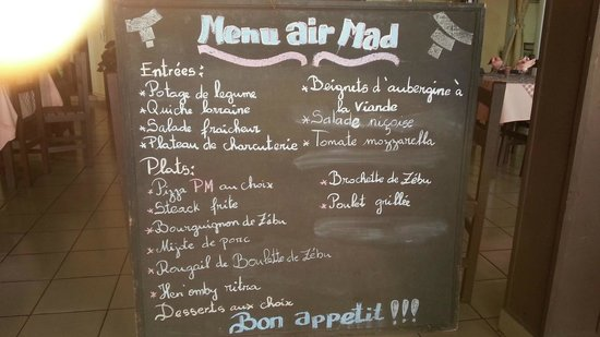 "Les Flots bleu: Menu ""Air Mad"" tout un symbole. Semble correct mais attention aux intestins !"