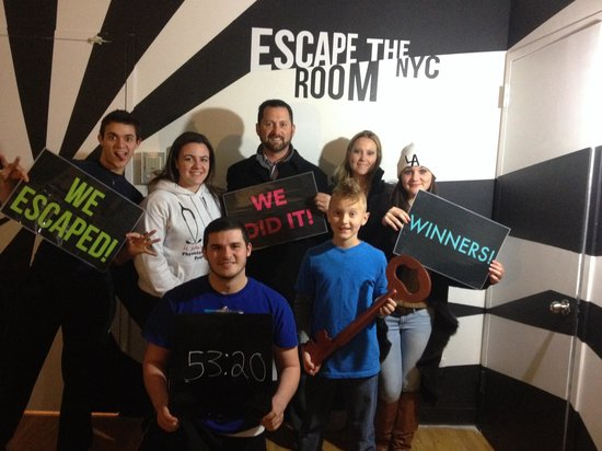 Escape the Room NYC: We escaped the agency!!!