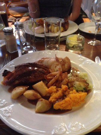 The Lamplighter Dining Rooms: Lovely Sunday lunch