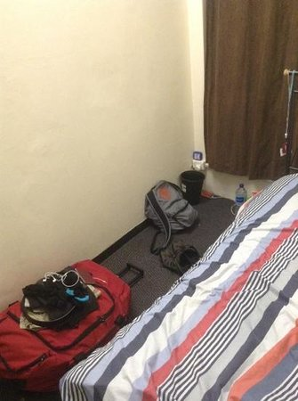 Maze Backpackers: Bedroom