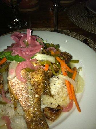 Yemaya Island Hideaway & Spa: fabulous fish dinner!