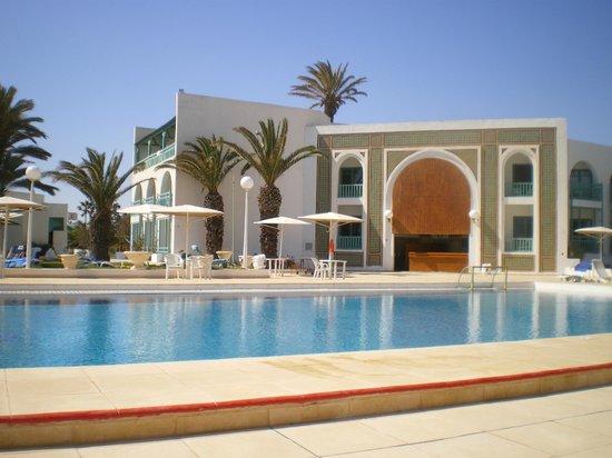 El Mouradi Cap Mahdia: Le bar de la piscine - superbe