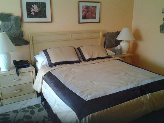 Sunset Shores Beach Hotel: Updated rooms 2