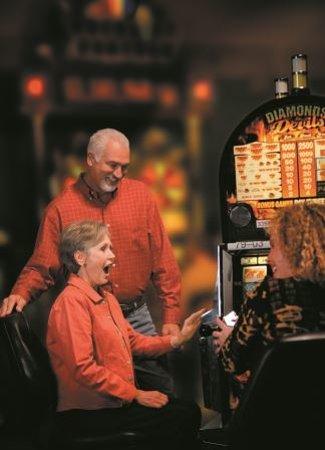 Plank House Restaurant: Slots