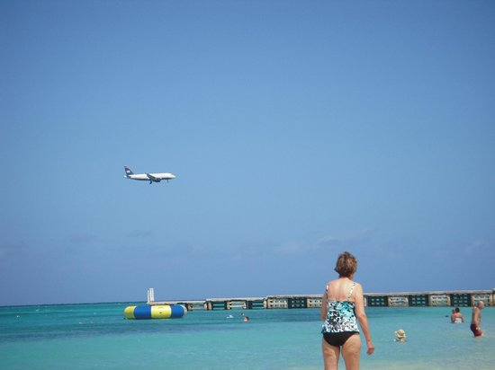 Doctor's Cave Beach: plane over beach