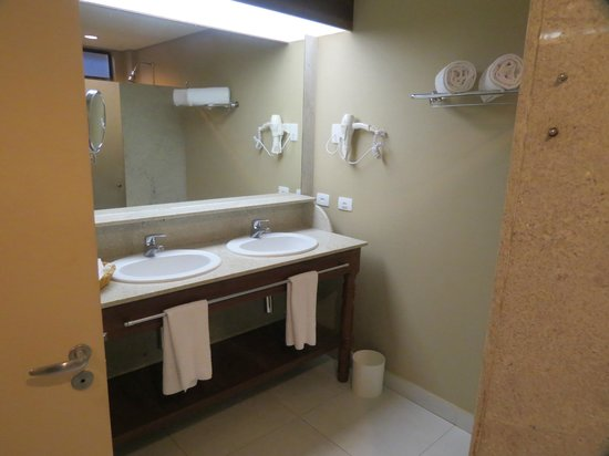 Nannai Resort & Spa: o banheiro