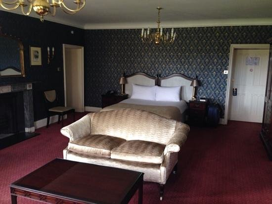 Donnington Grove Hotel and Country Club: room 303