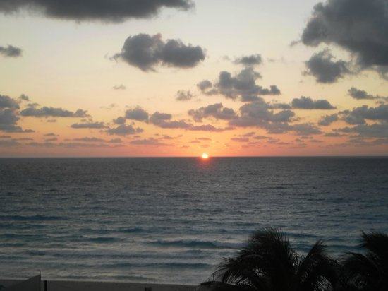 Crown Paradise Club Cancun: sun rise on first day!