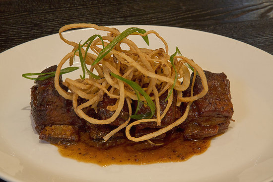 Rafters Restaurant and Lounge: Veal Short Ribs