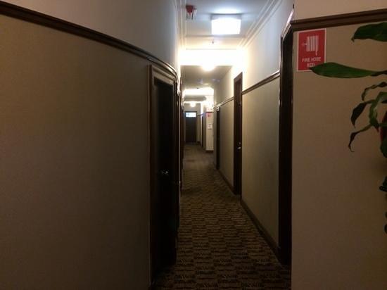 Southern Cross Hotel: Hallway