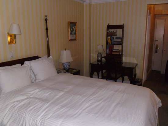 Roger Smith Hotel: bedroom