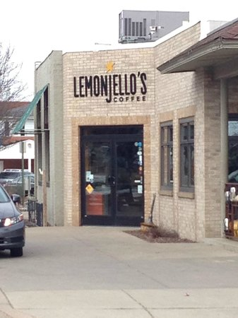 Lemonjello's Coffee : Lemonjello store front