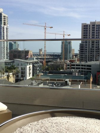 Andaz San Diego : View of Petco Park from the Rooftop