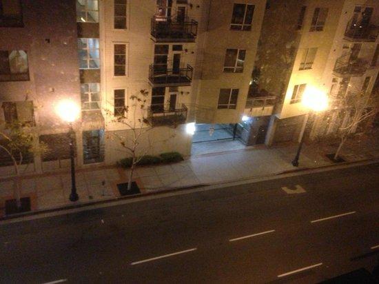 Andaz San Diego : Street lights shine lights UP -- bad light pollution