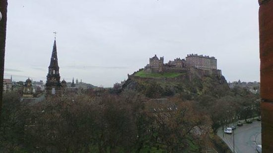 Waldorf Astoria Edinburgh - The Caledonian: Edinburgh Castle