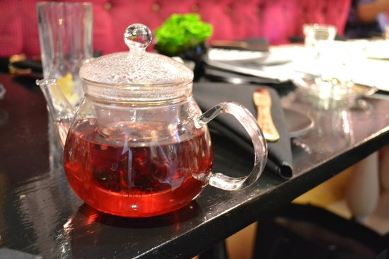 Mansion Bar and Parlour: Wild Berries Tea
