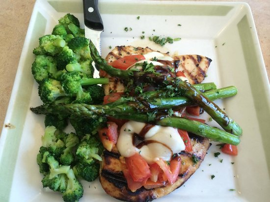 99 Restaurants: Bruschetta Chicken and Asparagus with Broccoli (no rice pilaf)