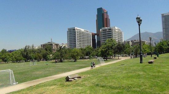 Santiago Marriott Hotel : vista dal parco