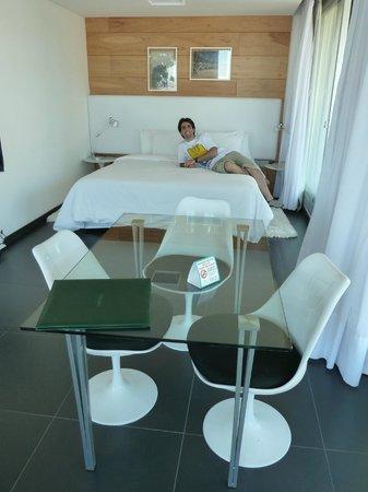 Costa Colonia Riverside Boutique Hotel: Comodidades de la habitación