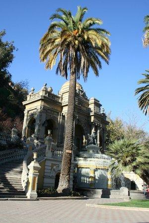 Colline Santa Lucia de Santiago : fountain