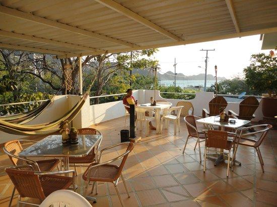 Hotel Casa D'mer Taganga: Terraza