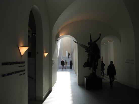 Gliptoteca Ny Carlsberg: Inside the Glyptotech