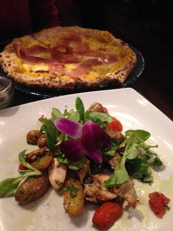 Forcella: Pumpkin and prosciutto  pizza