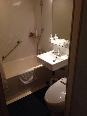 Hotel Forza Oita: お風呂も充分な広さ