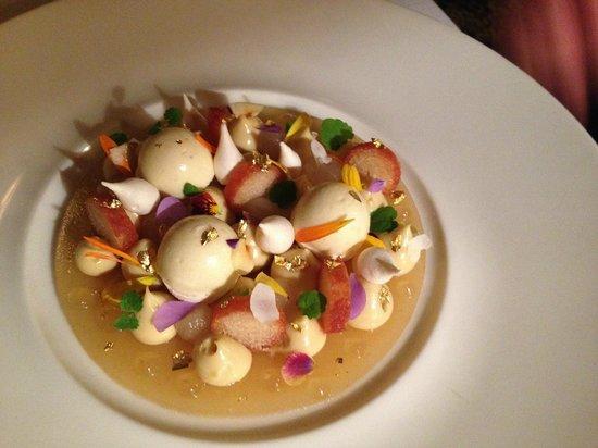 Le Restaurant : Dessert; la poire