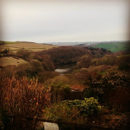 Robin Hill Farm Cottages: Amazing views even on a cloudy day