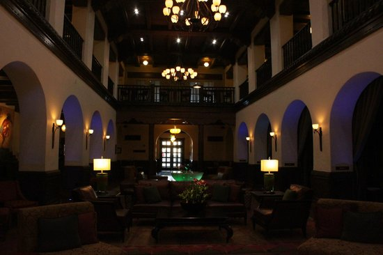 Hotel Andaluz : Lobby