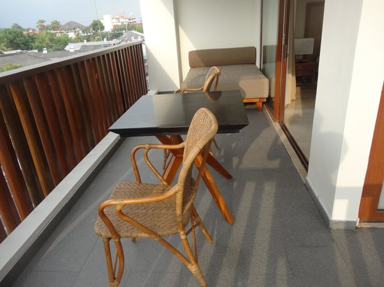 The Magani Hotel and Spa: Our front balcony (facing  Jl Melasti)