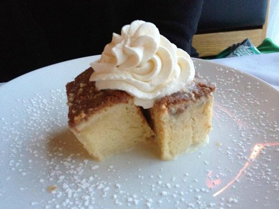 Thistles Restaurant: Tres Leches Cake